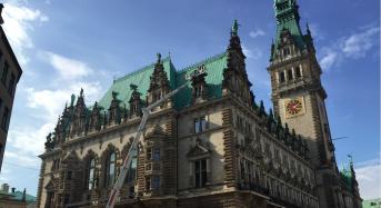 Dienstag, 14. März: Tempo 30 in der Stadt, Rathaus-Säulchen waren Schuld, Entlassungen in Windbranche, Hotel Jacob verliert Chef